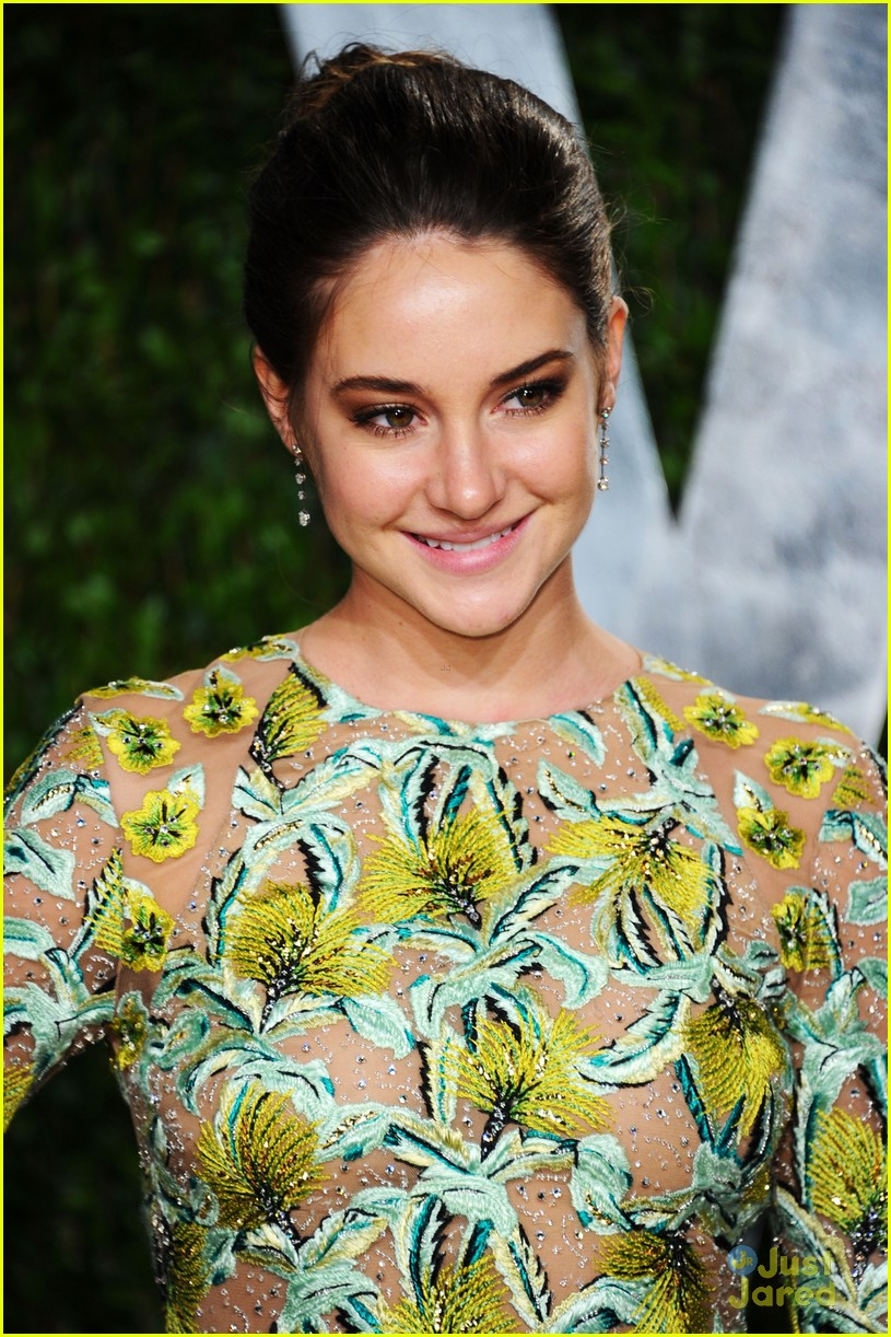 shailene woodley vf party 01