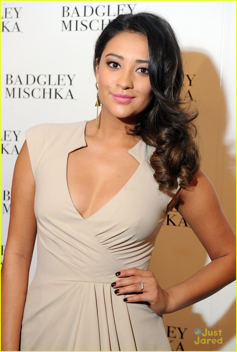 shay mitchell roy badgley 02