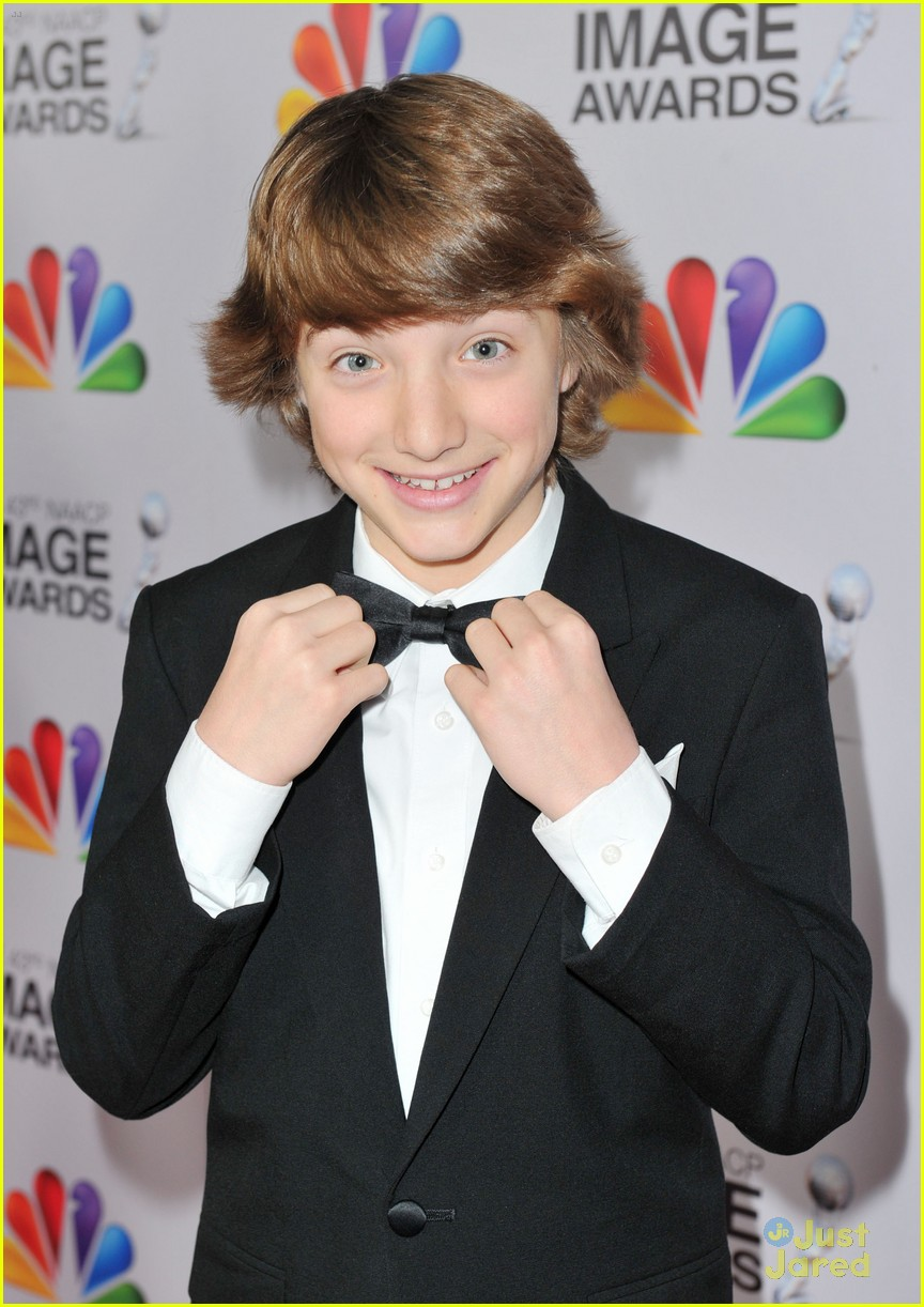 stefanie scott jake short image awards 02