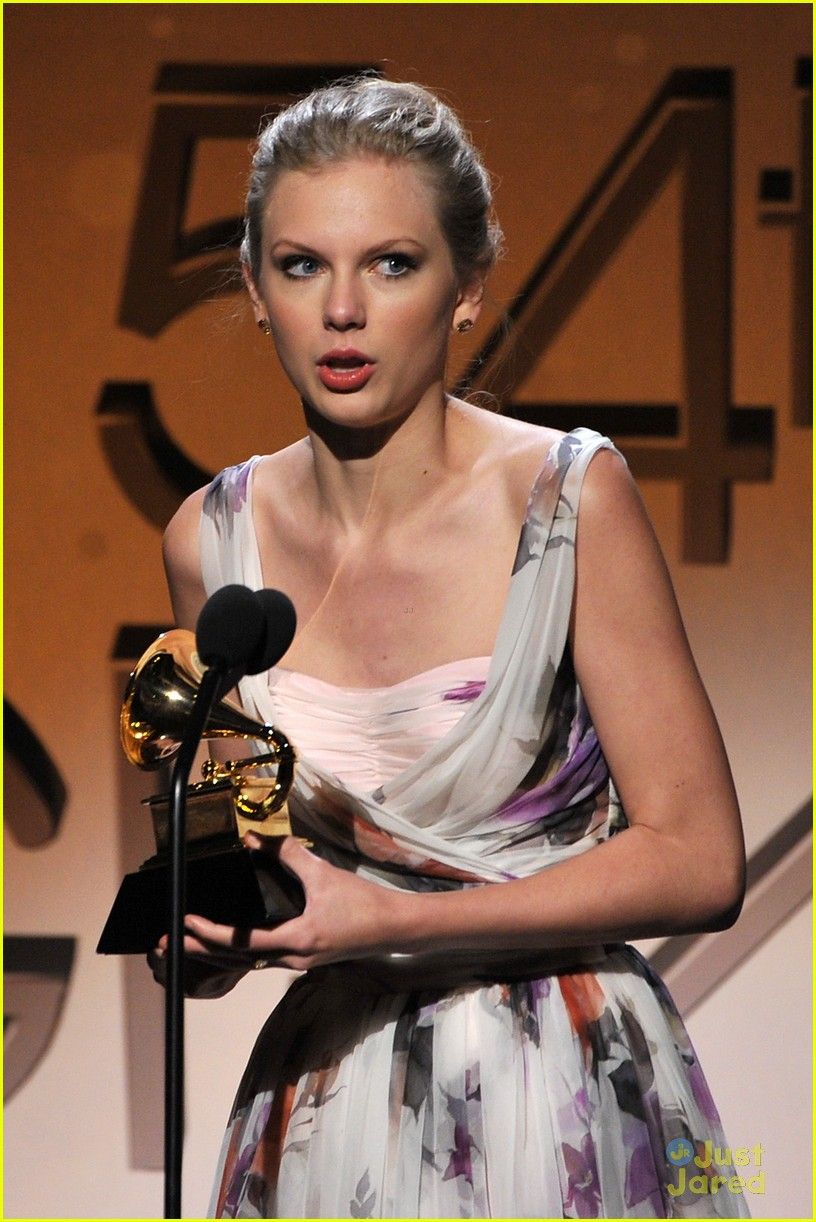 taylor swift 2012 grammys 06