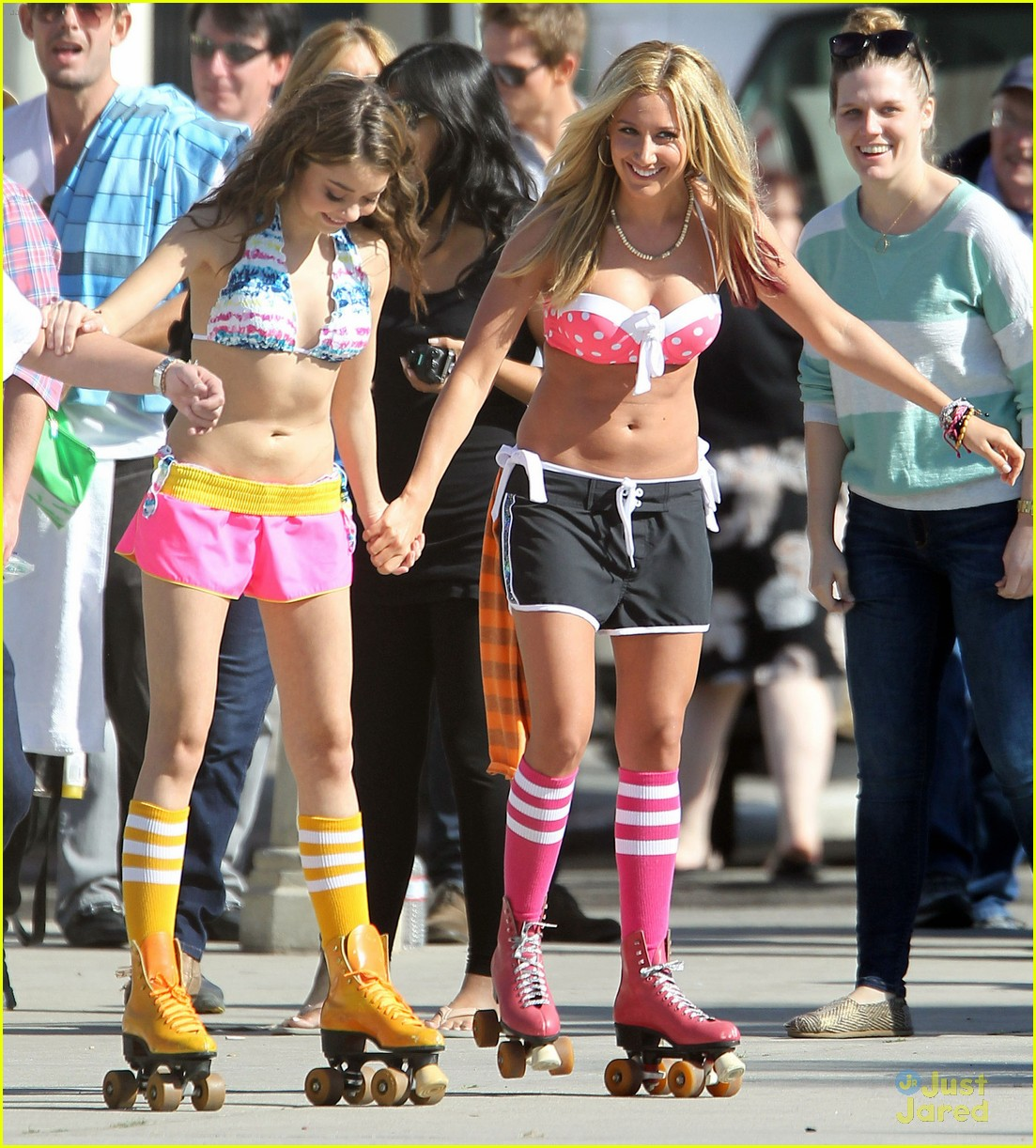 ashley tisdale sarah hyland op shoot 11