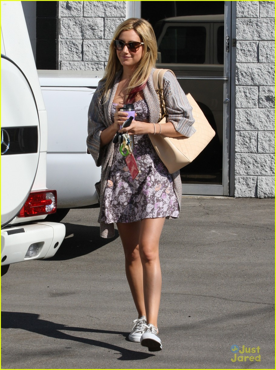 ashley tisdale studio stop 03