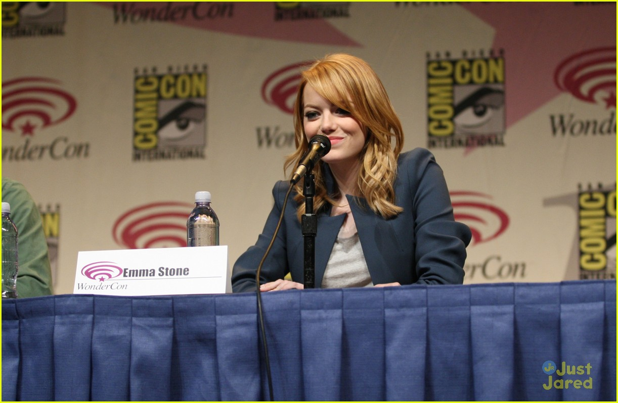 emma stone wondercon 02
