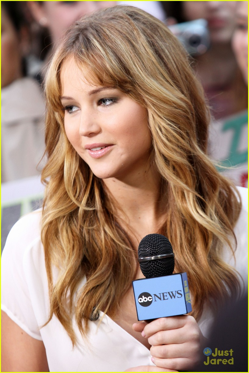 jennifer lawrence gma appearance 01