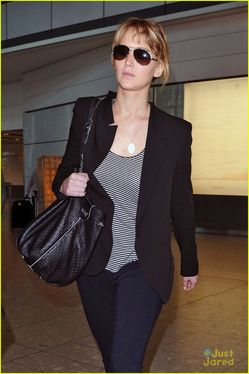 jennifer lawrence heathrow arrival 08
