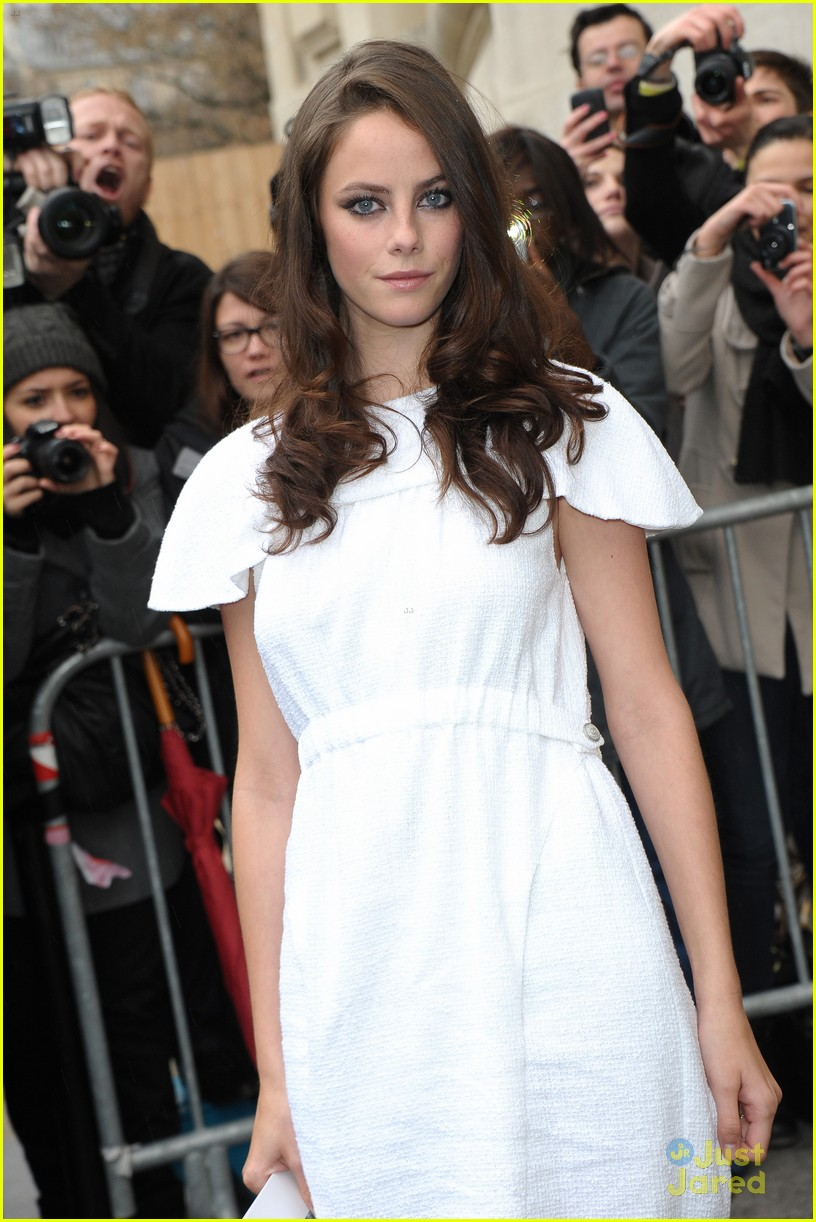kaya scodelario chanel paris 12