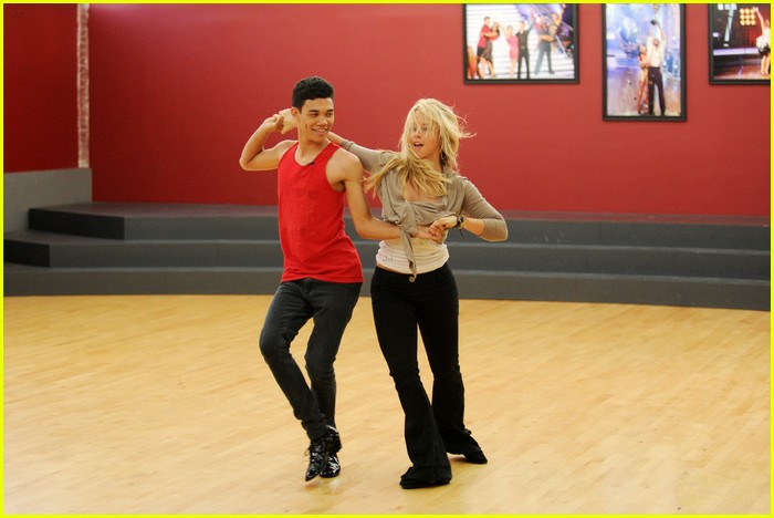roshon fegan dwts night one 02