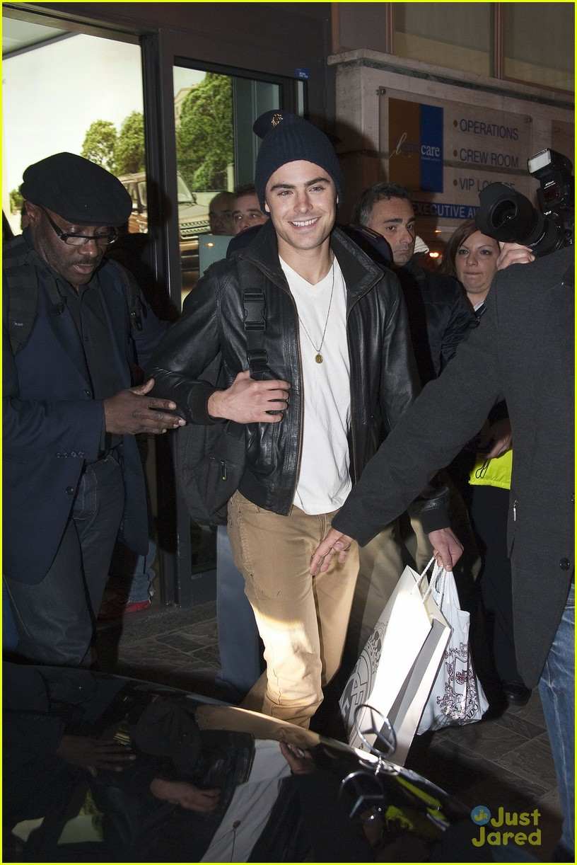 zac efron rome fan meet 02