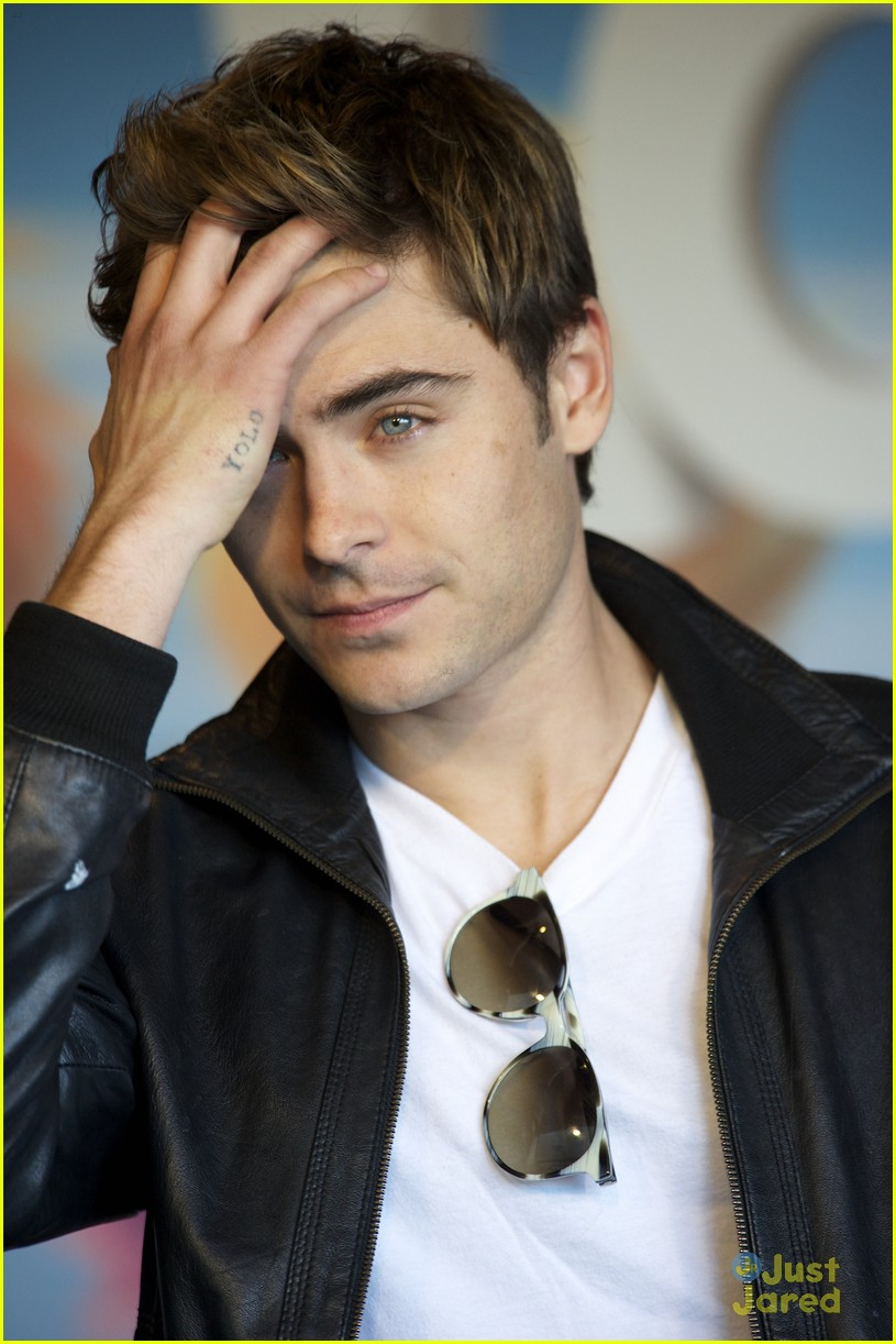 zac efron rome fan meet 13