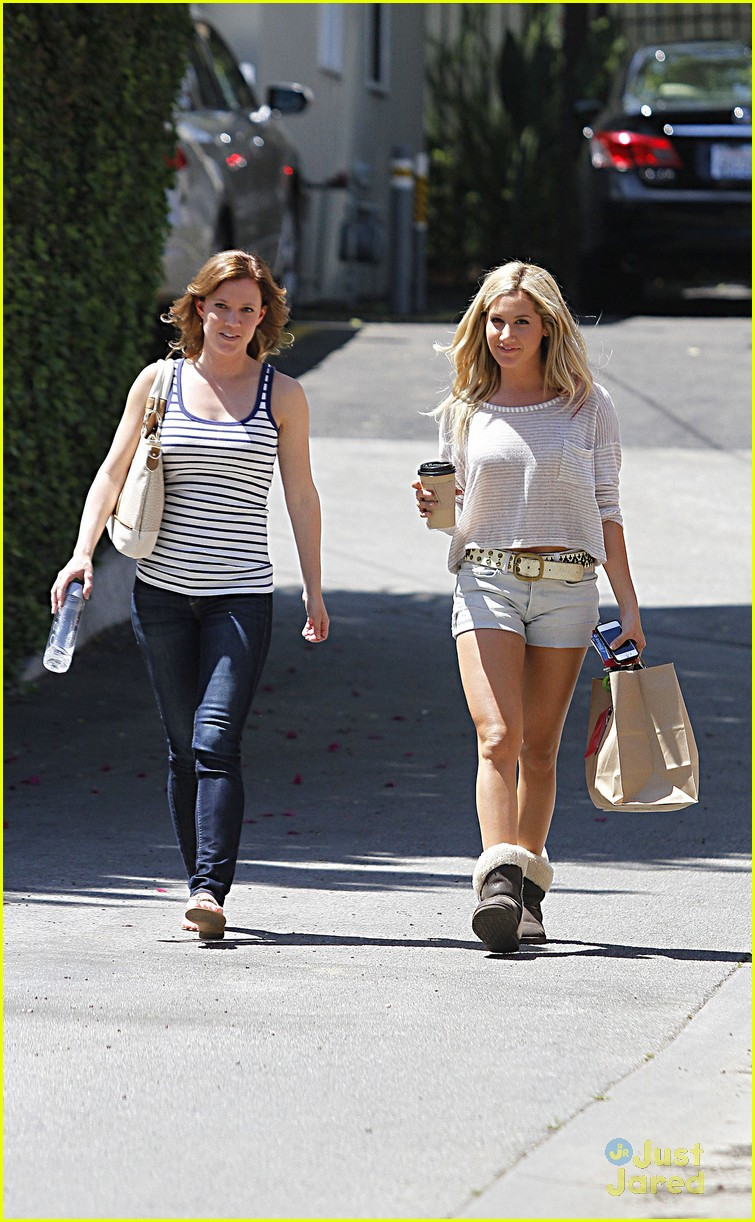 ashley tisdale patti murin giggles 01