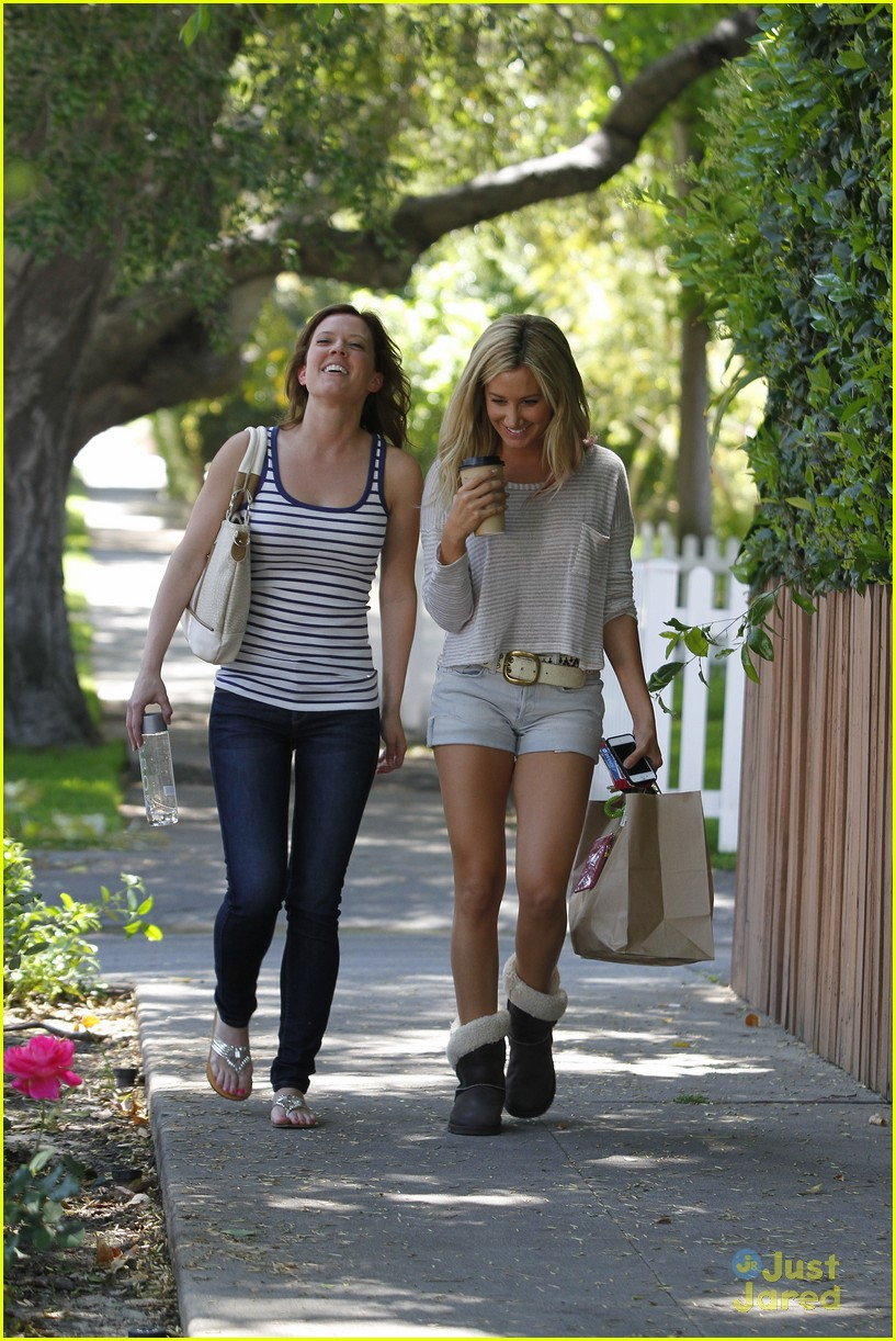 ashley tisdale patti murin giggles 05