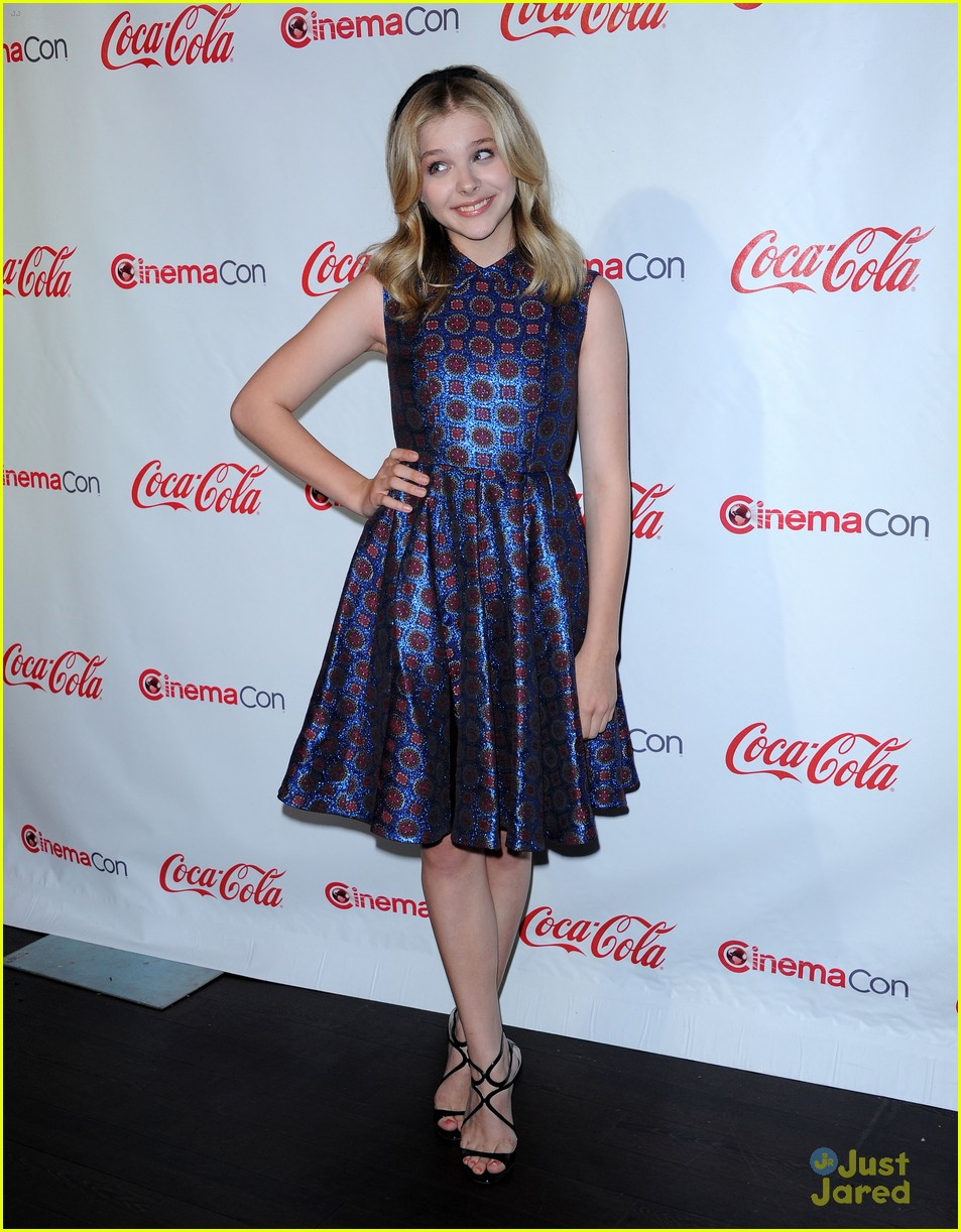 chloe moretz cinemacon star tomorrow 05