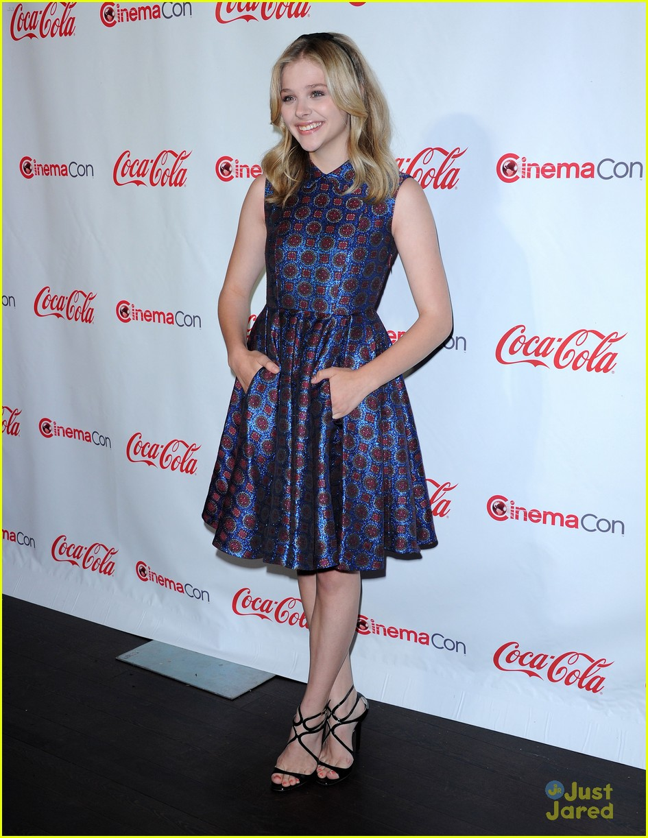 chloe moretz cinemacon star tomorrow 16