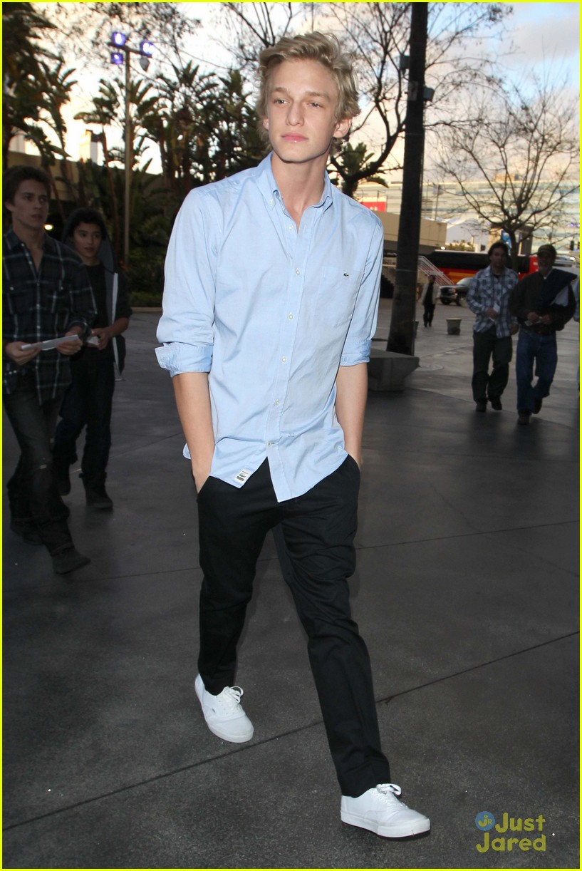 cody simpson lakers game 03