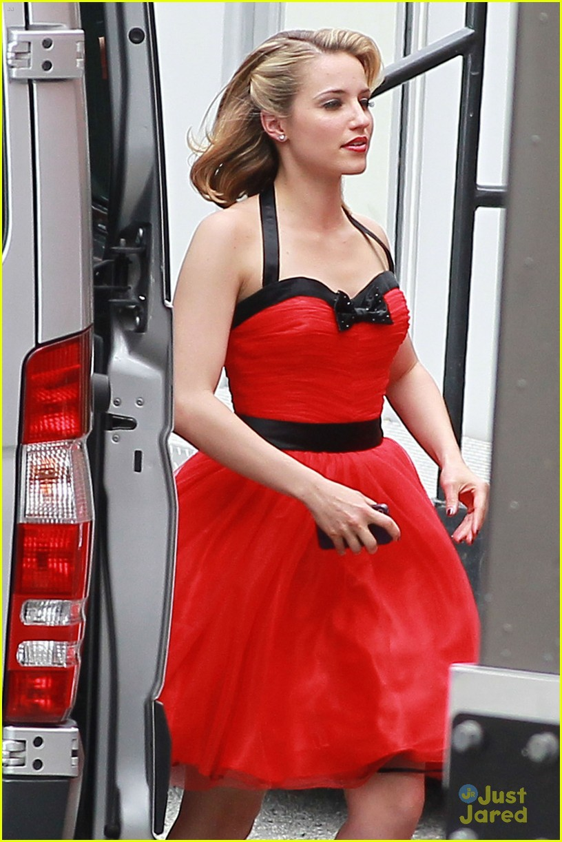 dianna agron lea michele ladies red 02