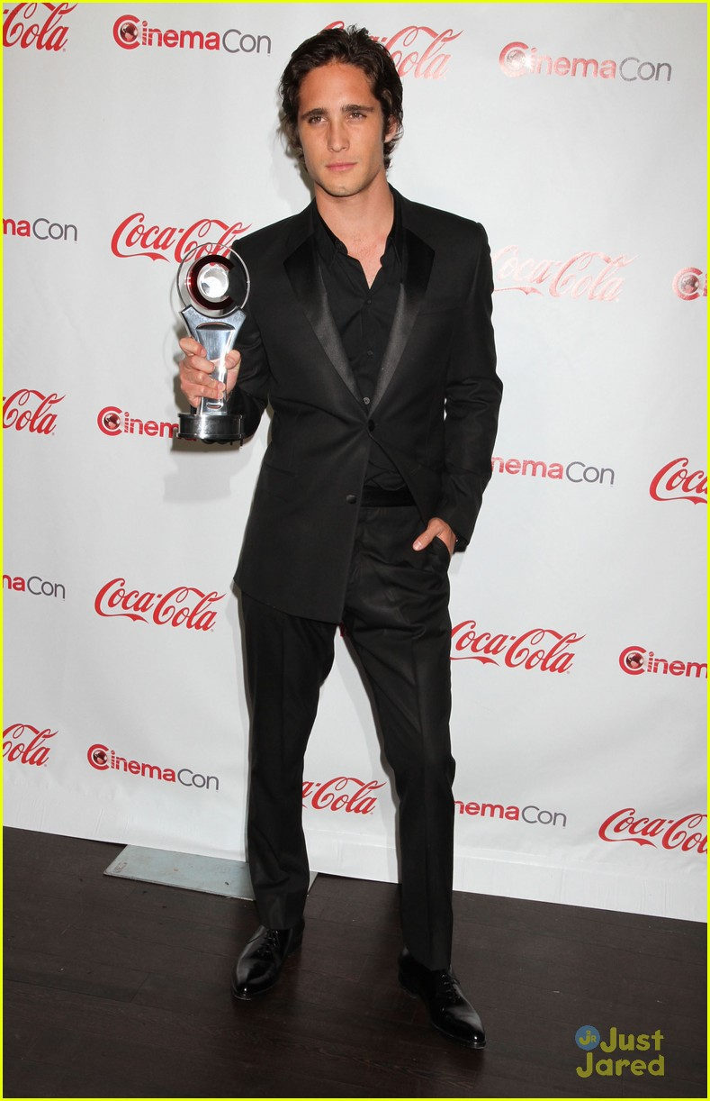 diego boneta cinemacon rising star 15