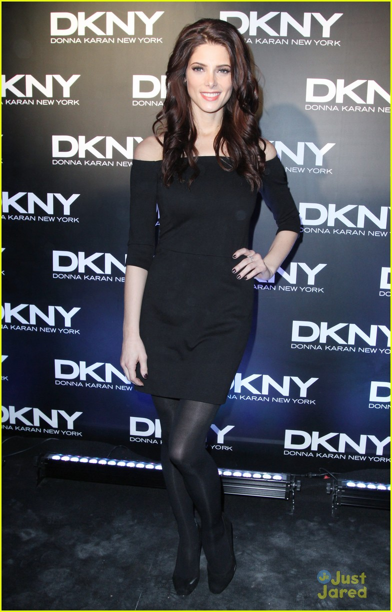 ashley greene dkny moscow 04