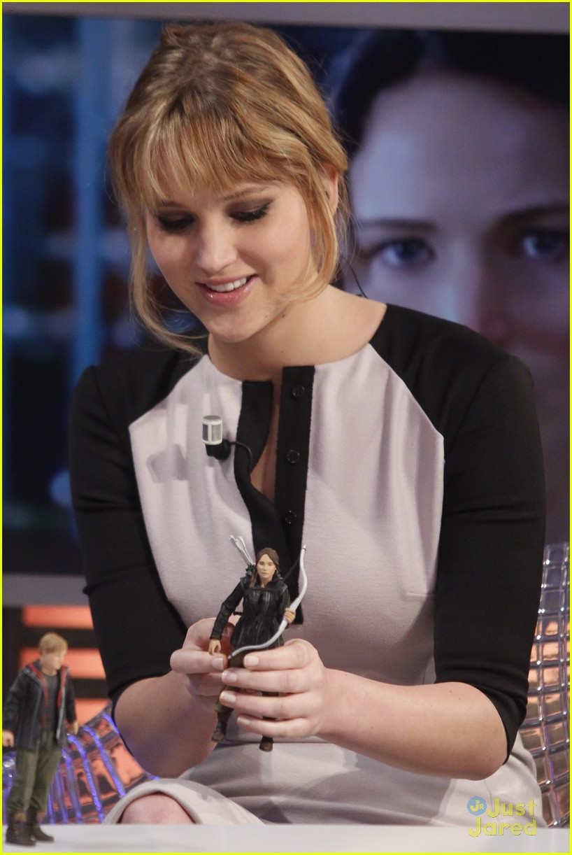 jennifer lawrence catching fire director 06