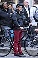 Jonas-bicycle joe jonas bicycle big apple 05