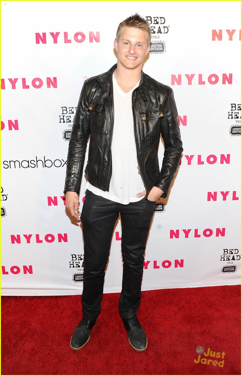 josh hutcherson alexander ludwig nylon 13