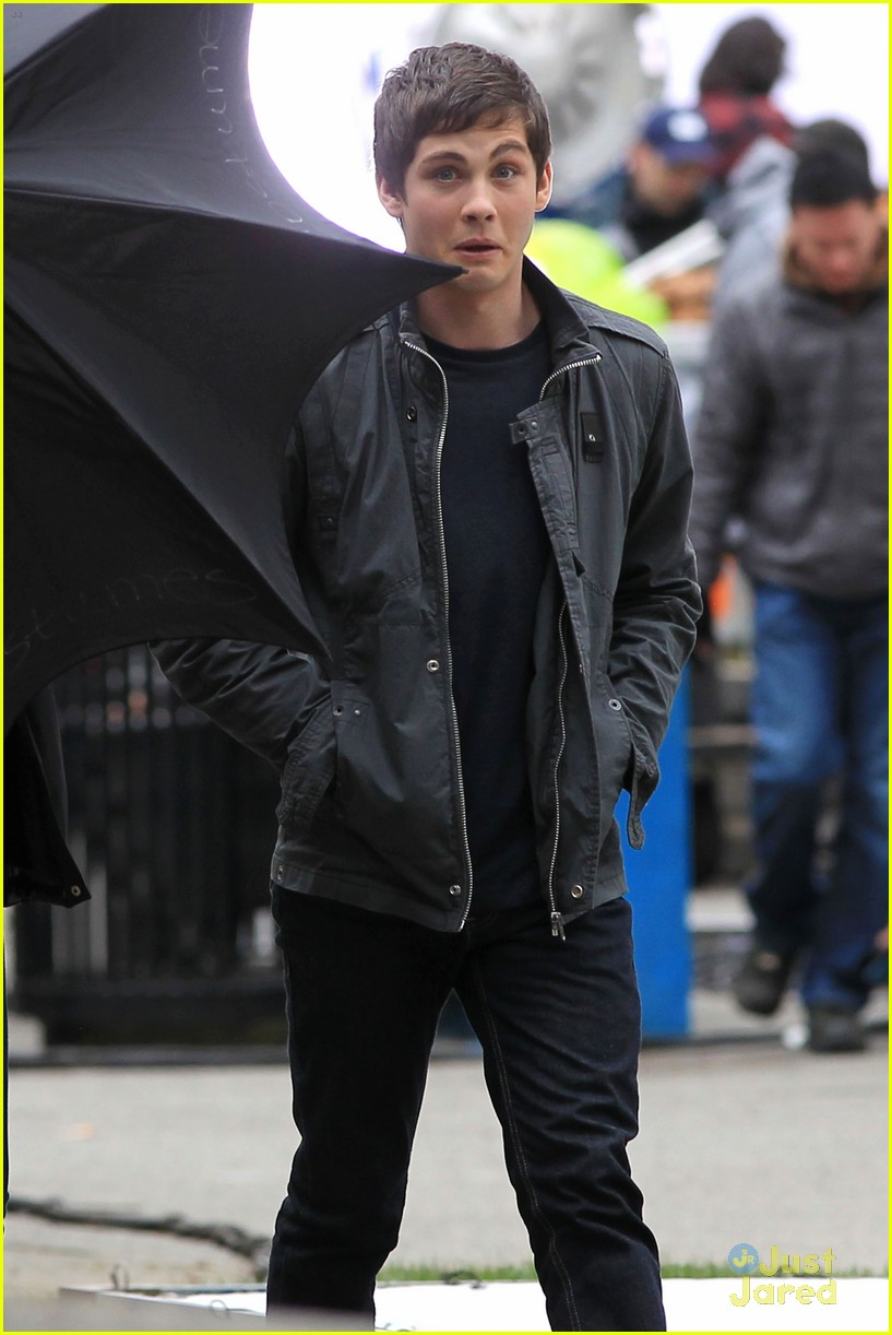 logan lerman faces monsters set 03