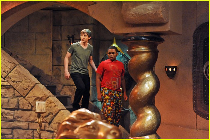 pair of kings evil 01