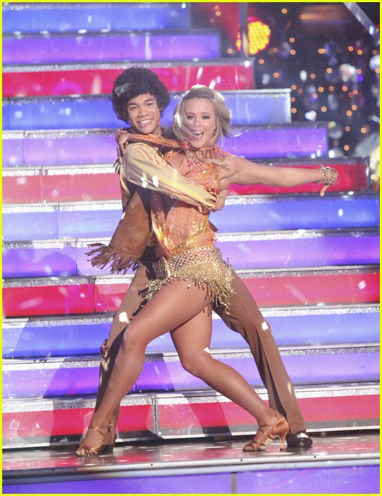 roshon fegan dwts week 3 04