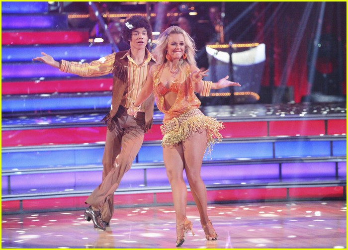 roshon fegan dwts week 3 05