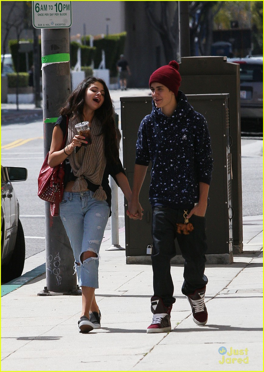selena gomez justin bieber panera 03