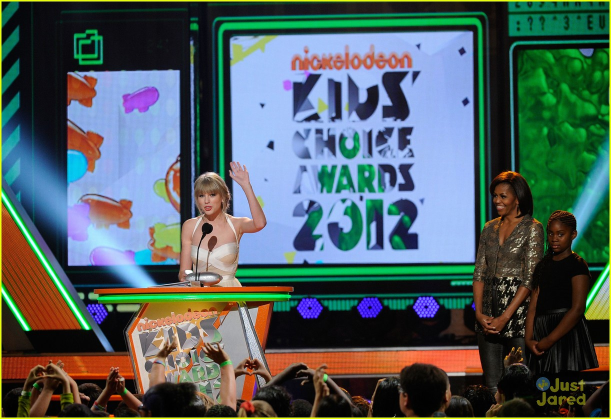 taylor swift kids choice awards 11