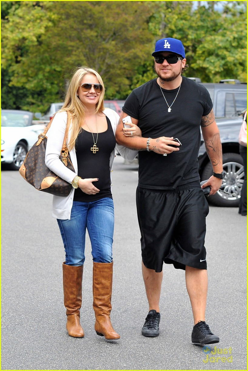 tiffany thornton bbb shopping 01