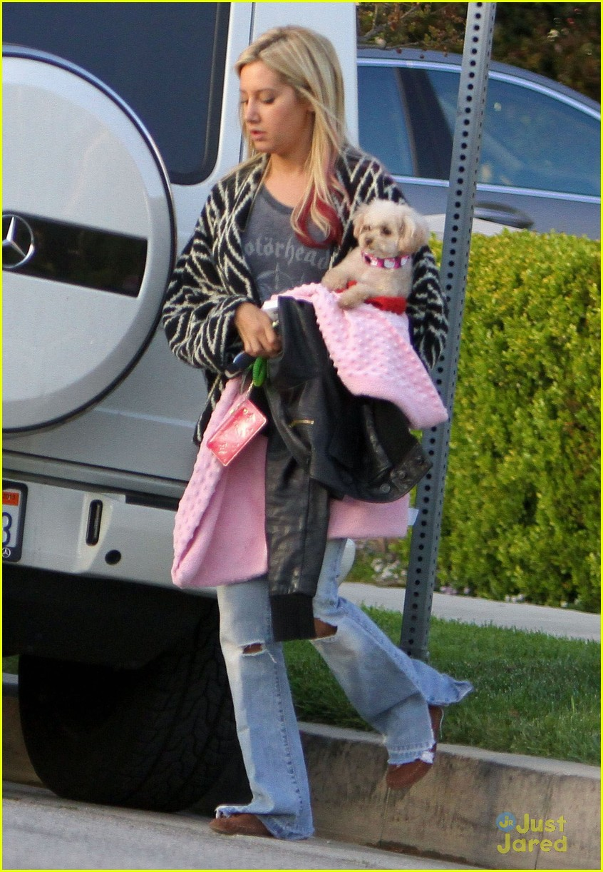 ashley tisdale horsing advised 04
