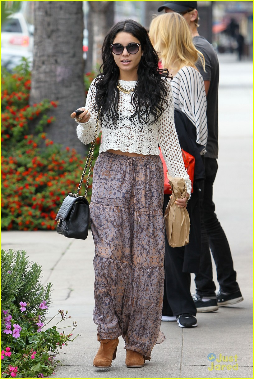 vanessa hudgens cheese gallery 01