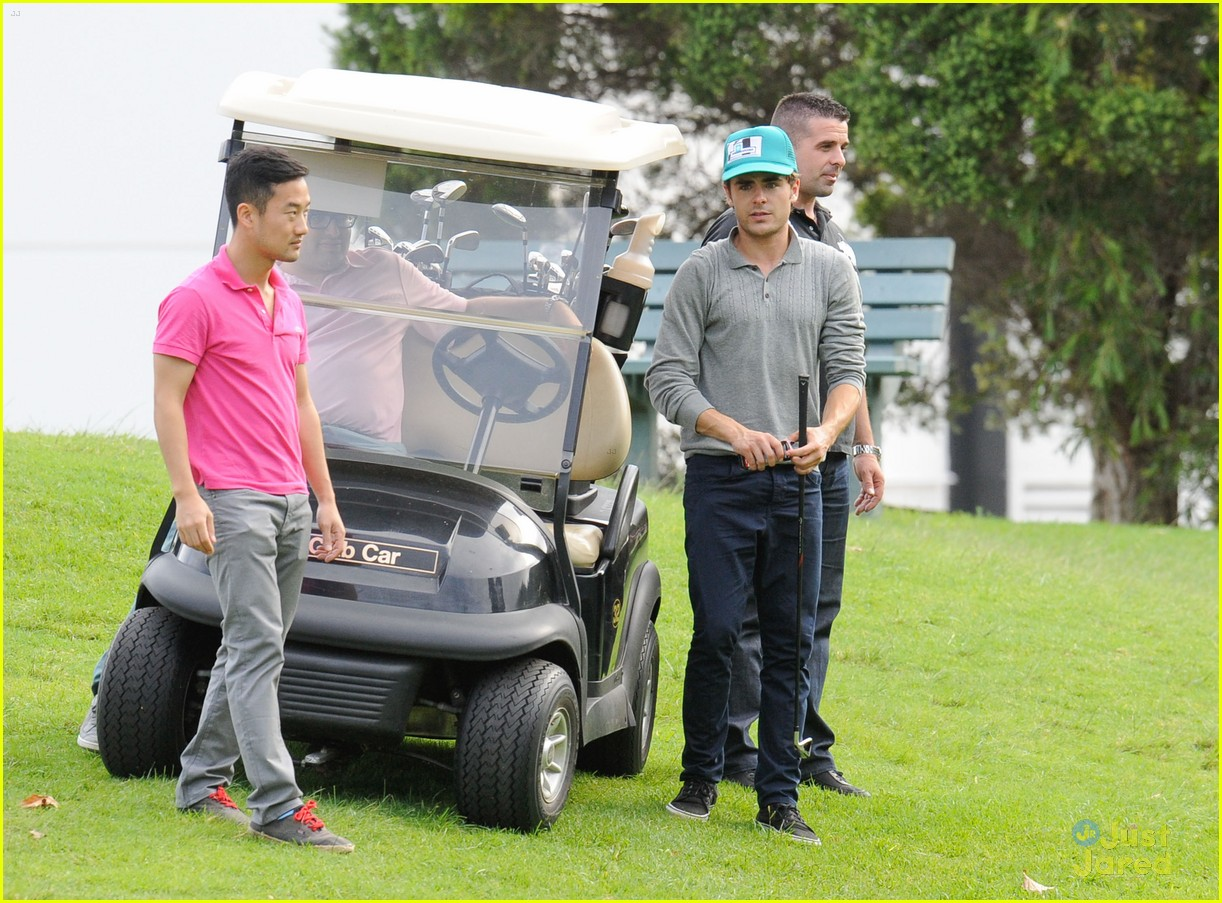 zac efron golf sydney 06
