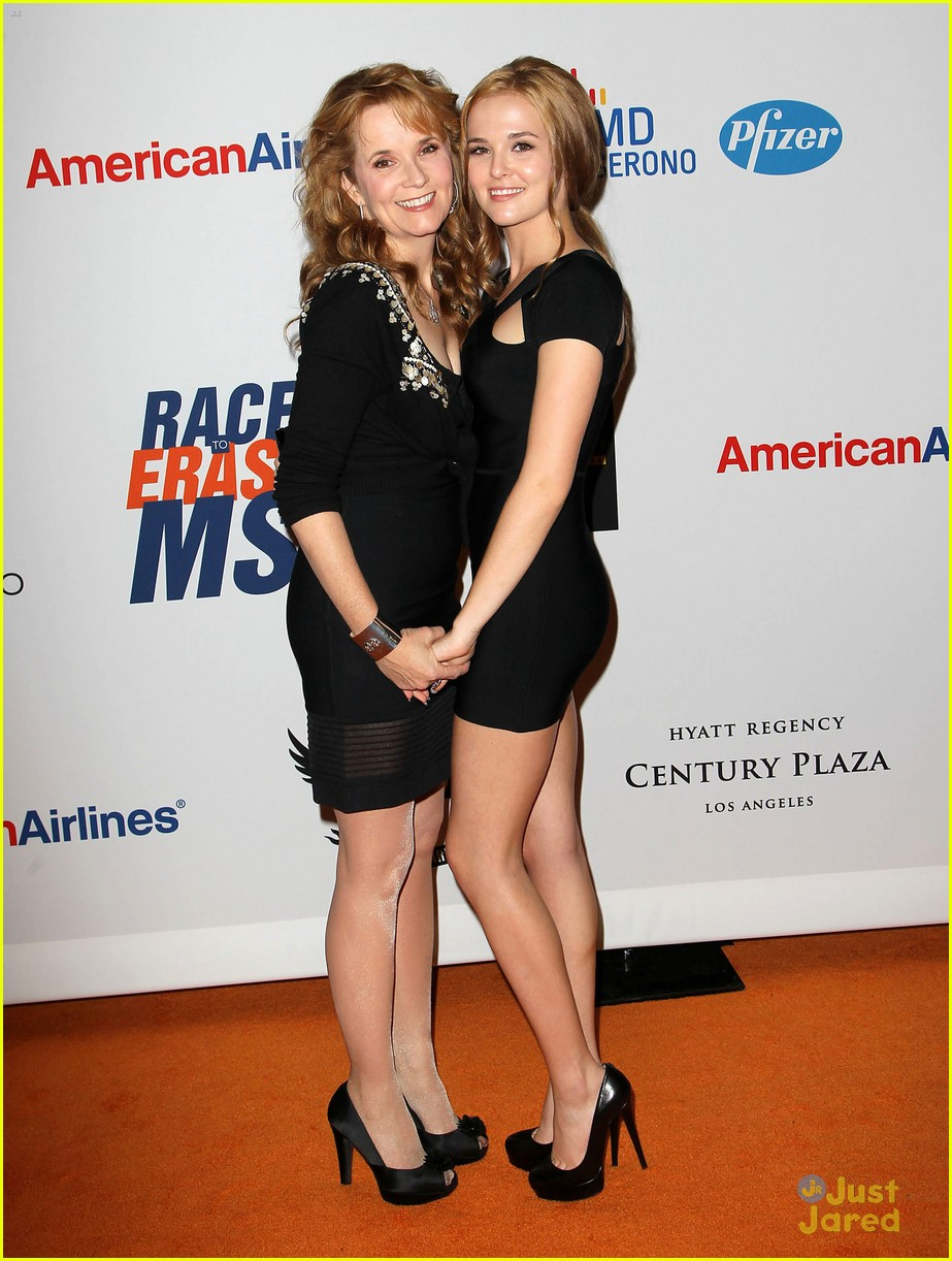 avan jogia zoey deutch race ms 09