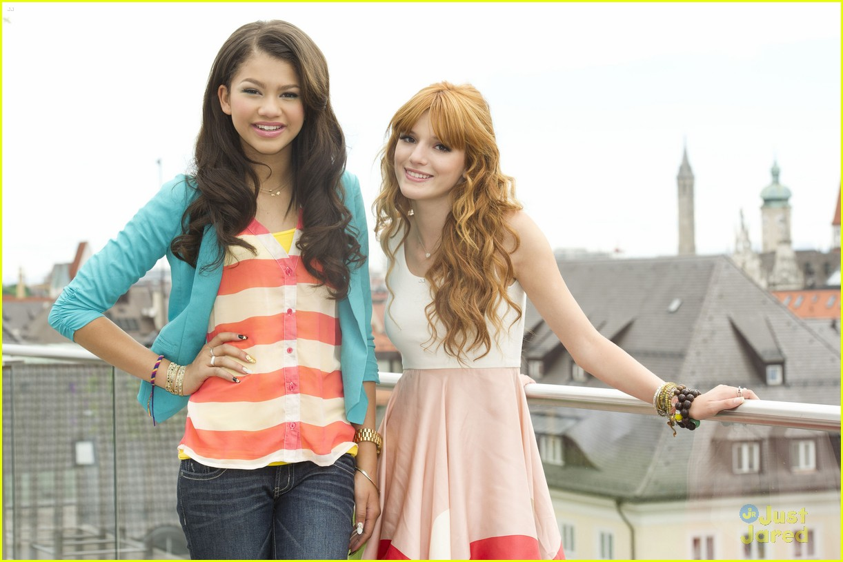 bella thorne zendaya rooftop shoot 08