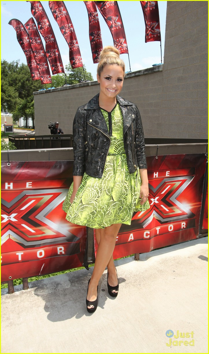 demi lovato xfactor texas 03