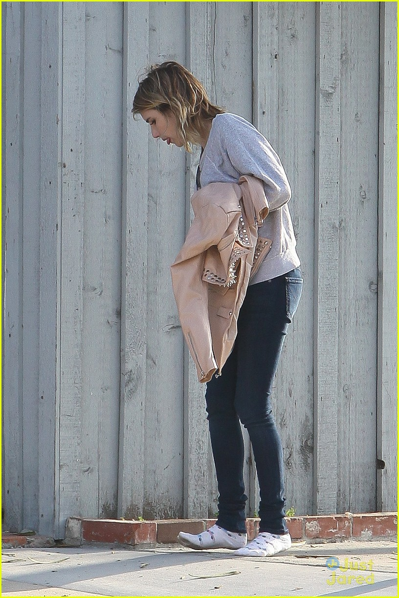 emma roberts road trip madewell 13