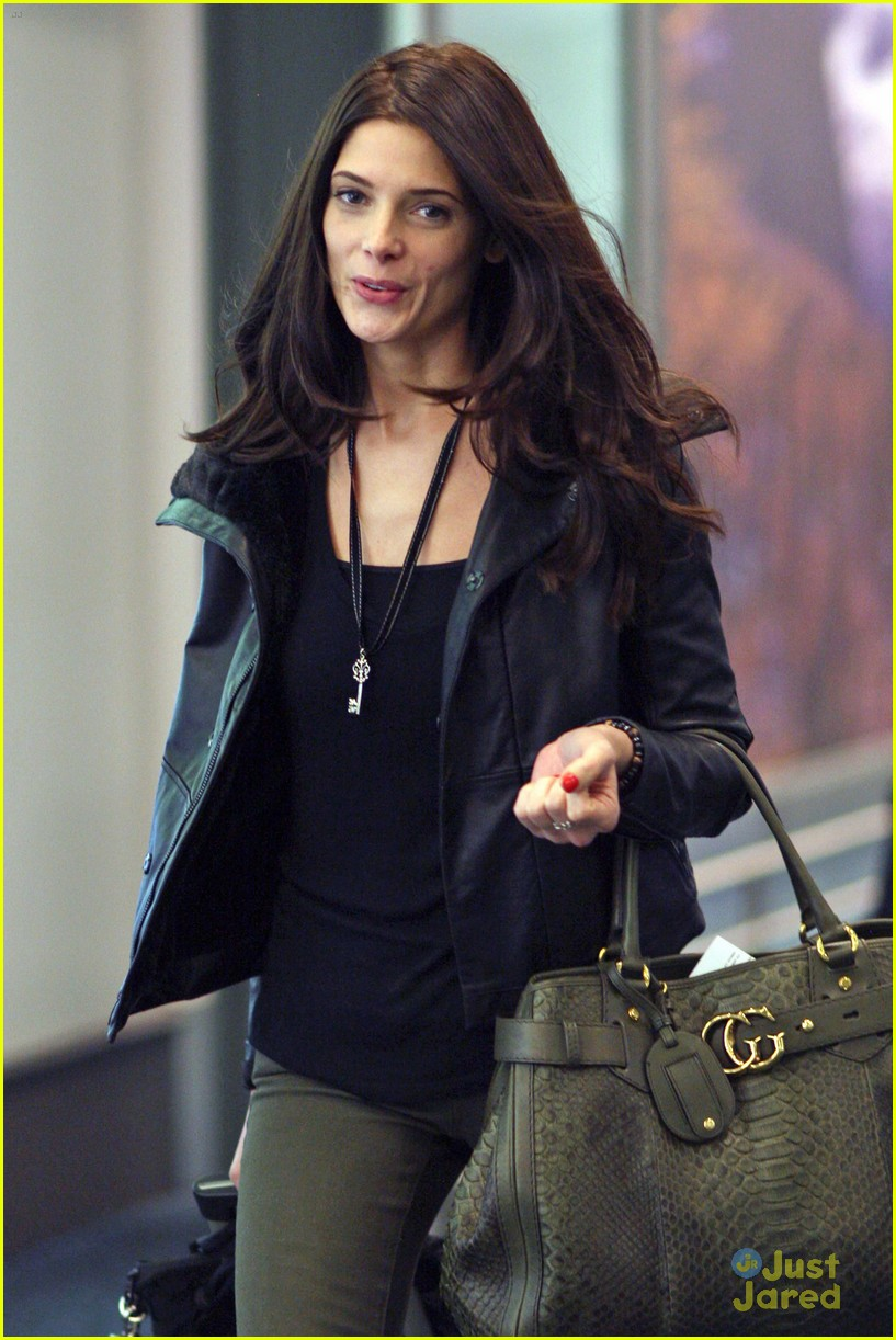 ashley greene vancouver reshoots 05