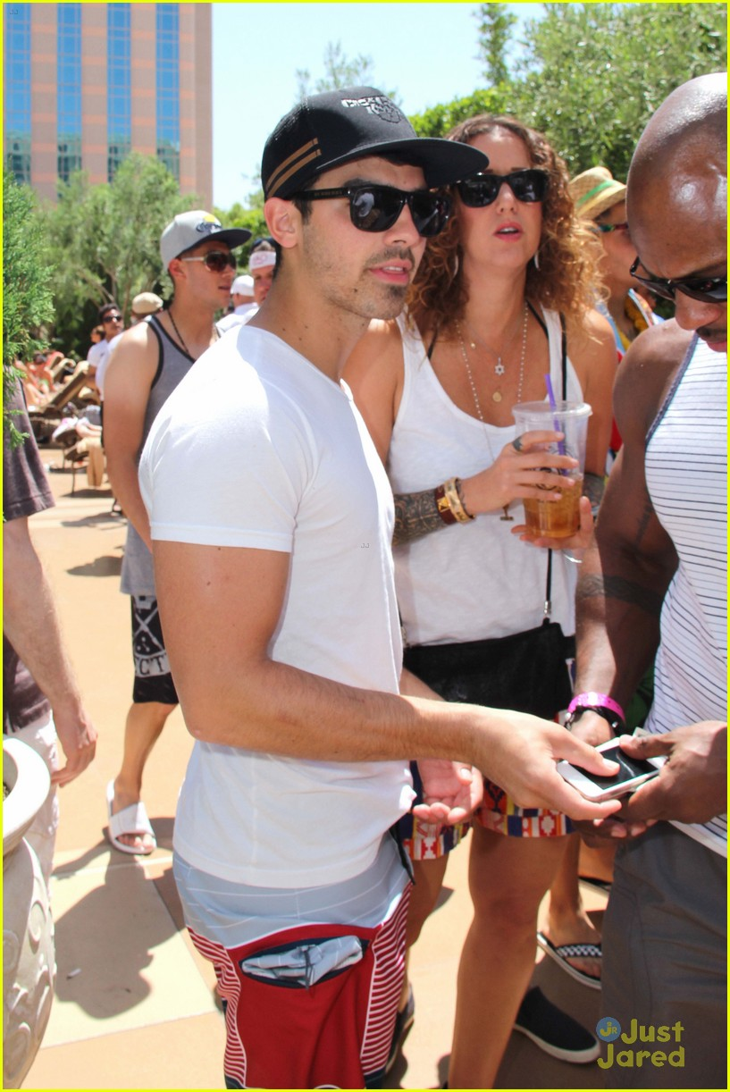 joe jonas goodbye hr 05