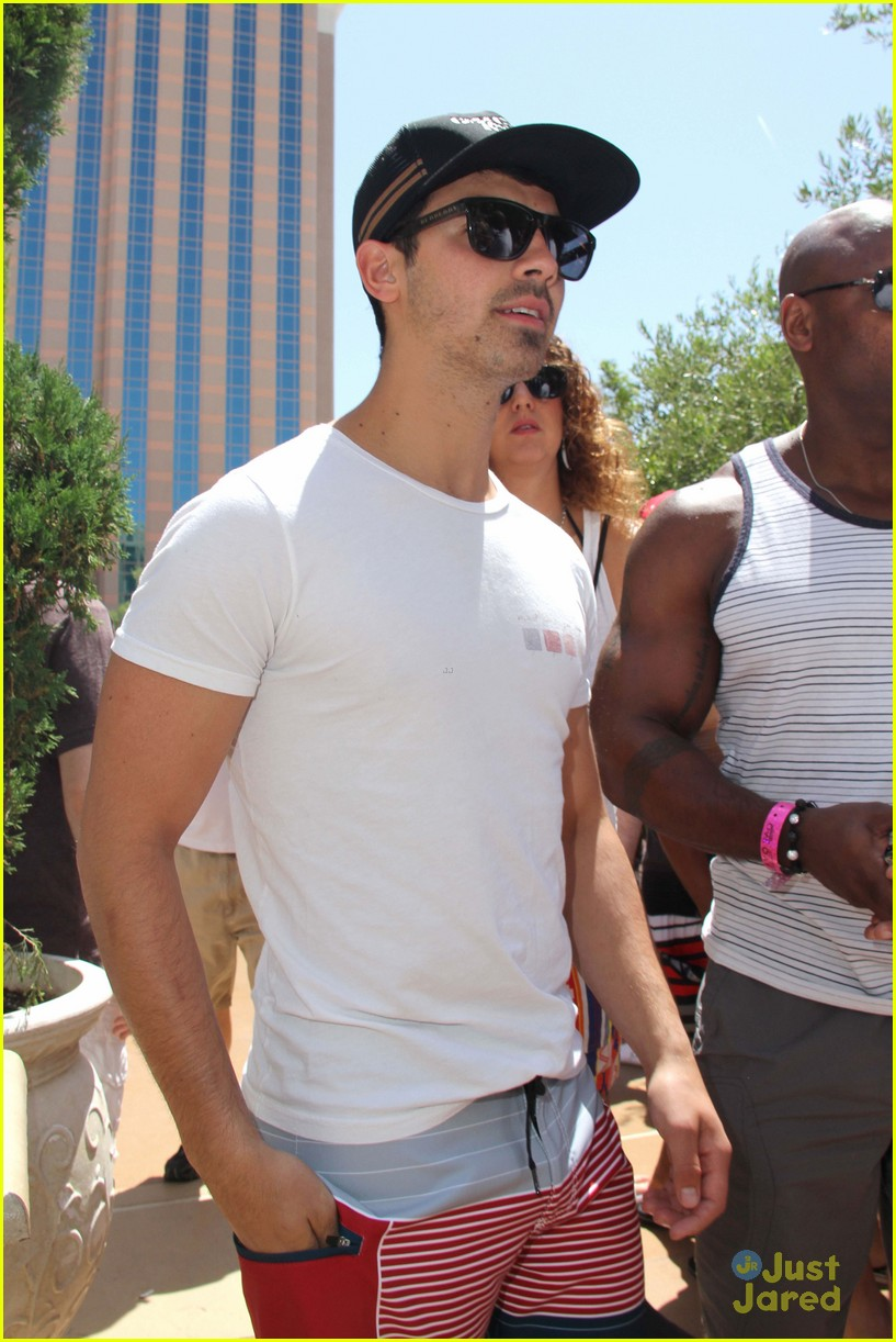 joe jonas goodbye hr 08