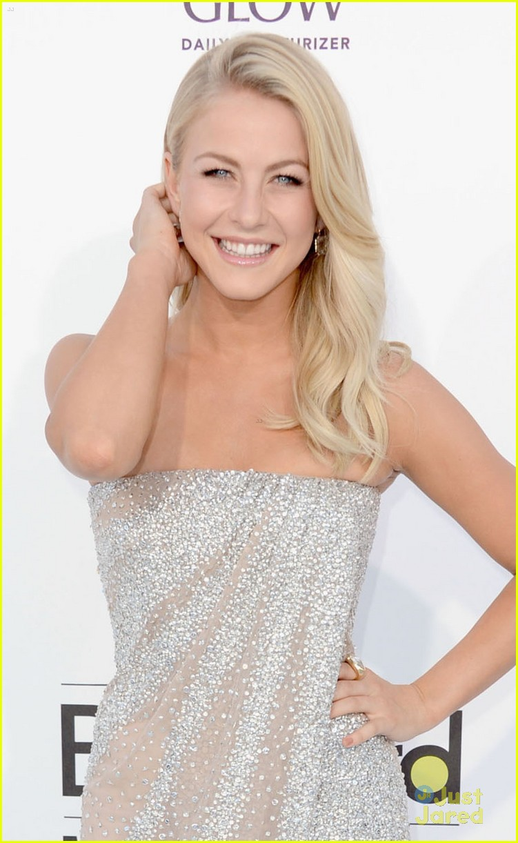 julianne hough 2012 bbma 10