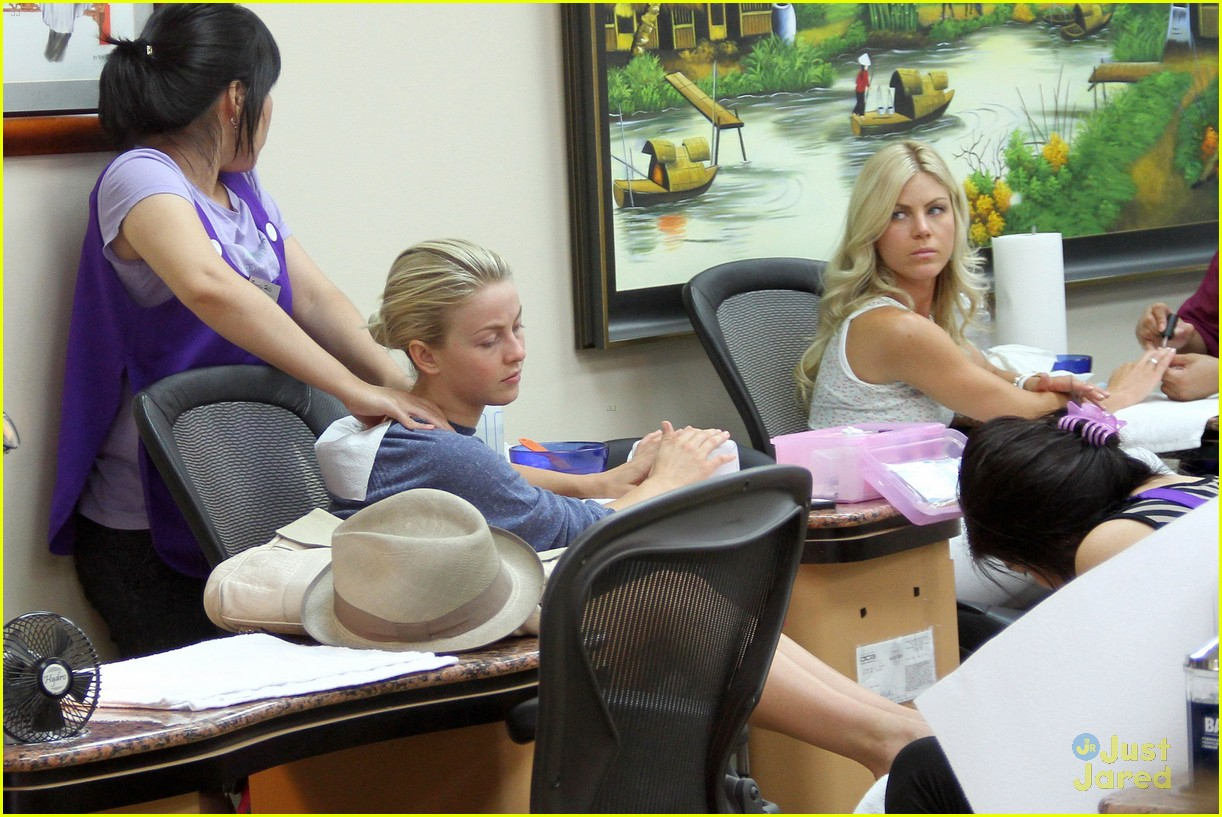 julianne hough safe haven 01