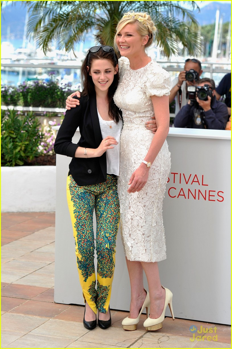 kristen stewart road cannes call 20