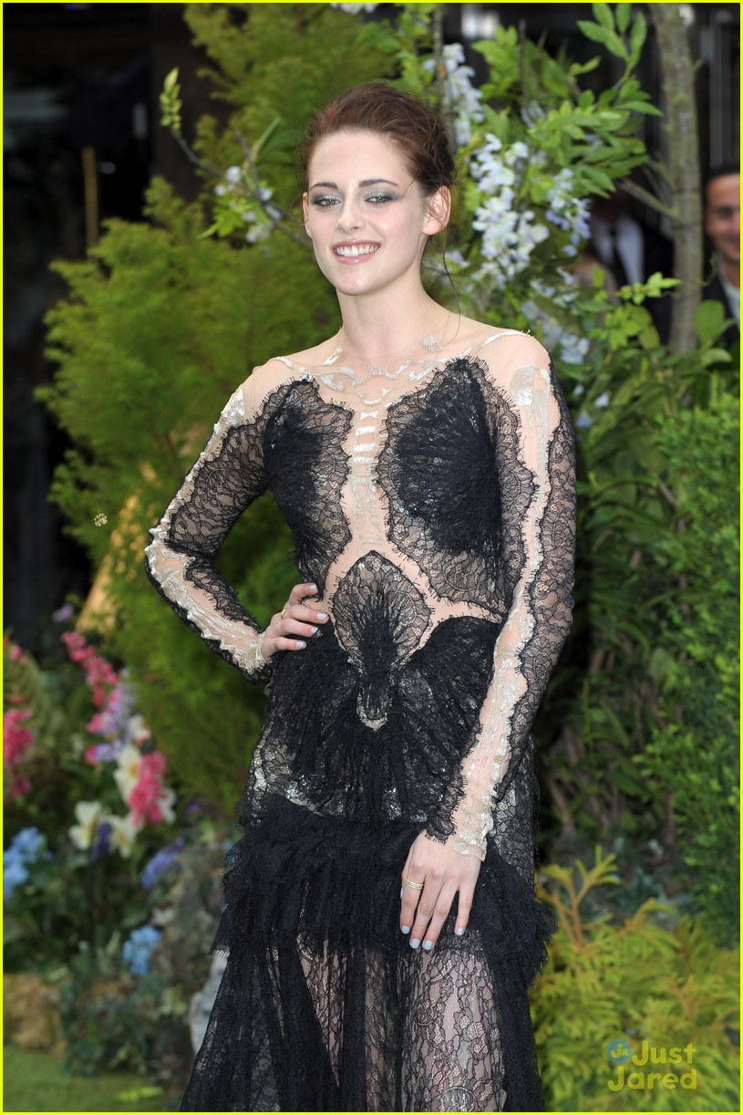 kristen stewart snow white premiere 12