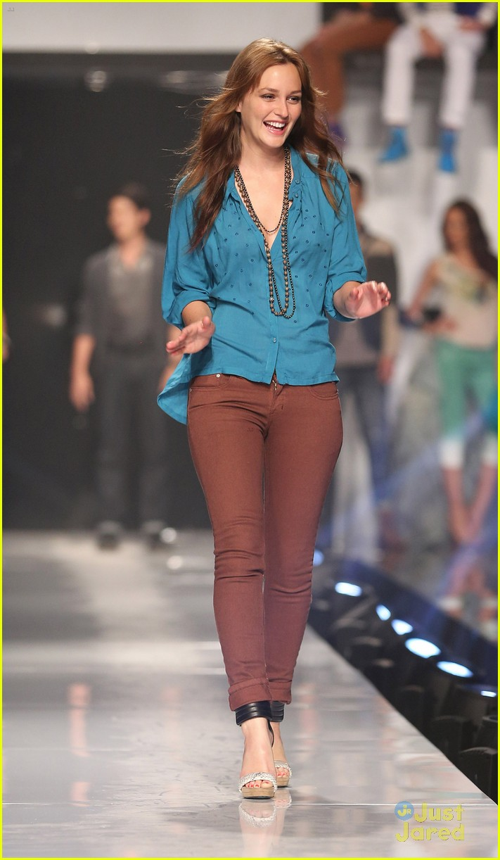 leighton meester phillipines fashion week 07