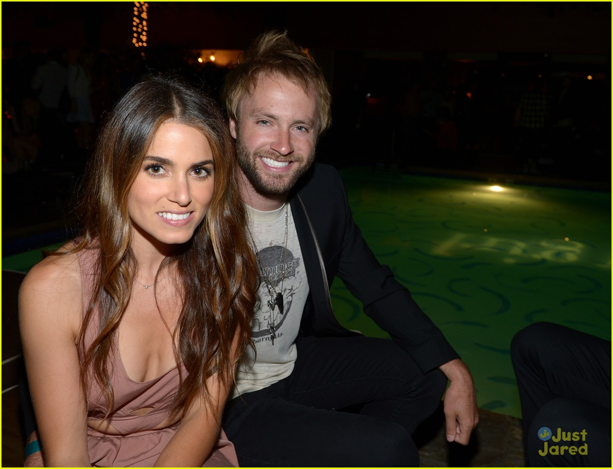nikki reed alexa vega nylon party 18