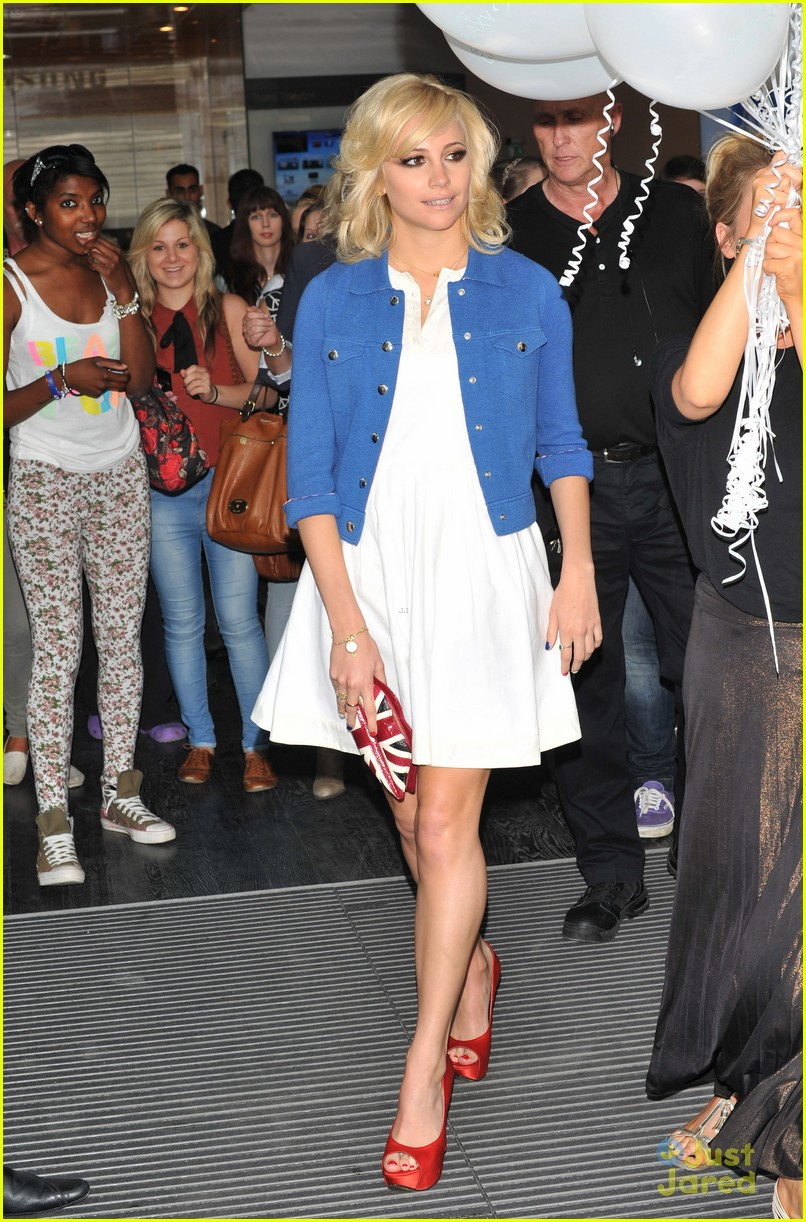 pixie lott samsung launch london 13