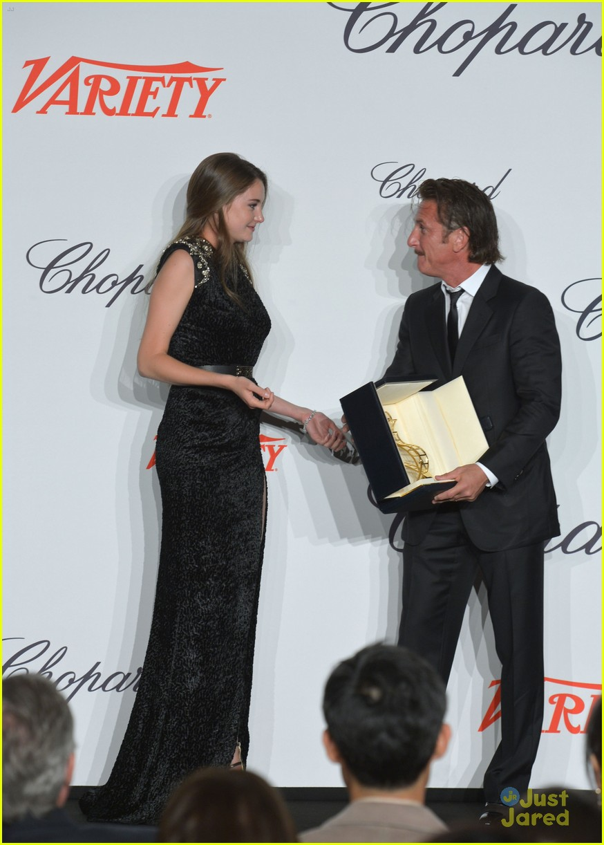 shailene woodley cannes trophee euphoria 02