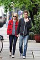 Stone-garfield emma stone andrew garfield spiderman stills 01